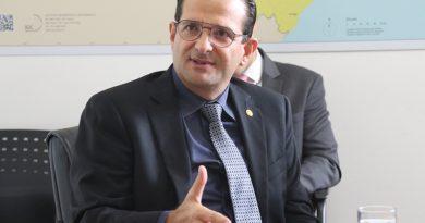 Edmir Chedid defende repasse de recurso à prefeitura de Atibaia