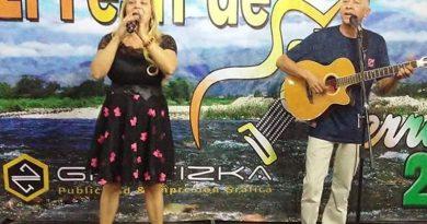 Duo musical de Atibaia se prepara para apresentação no Peru