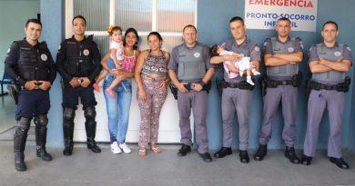 Criança engasgada é salva por policias em Atibaia