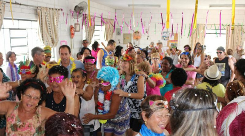 Baile de Carnaval da Terceira Idade acontecerá na sexta-feira
