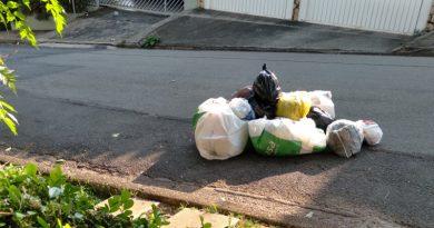 Moradores do Jardim Paulista tentam  entender novo sistema de coleta de lixo