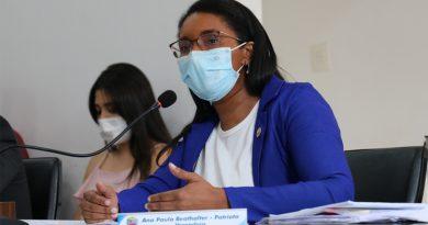 Vereadora explica emenda sobre a subvenção para a Corporação Musical 24 de Outubro