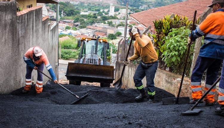 Prefeitura conclui pavimentação de 25 vielas em diferentes bairros
