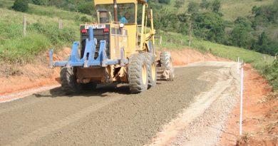 Estado anuncia R$ 1,2 bilhão no Programa Novas Estradas Vicinais