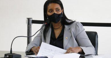 Vereadora apresenta emendas às Diretrizes Orçamentárias